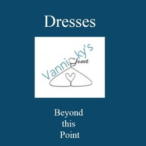Dresses & Skirts - Women's Dresses